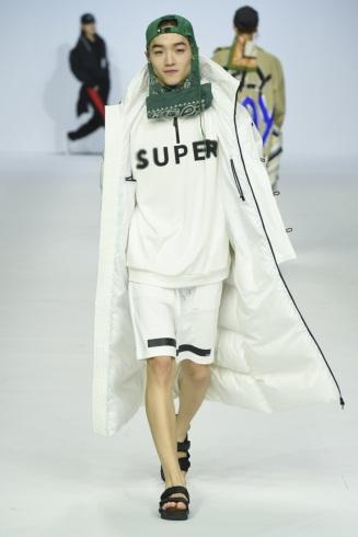 SUPERCOMMA B_Yu-ri
